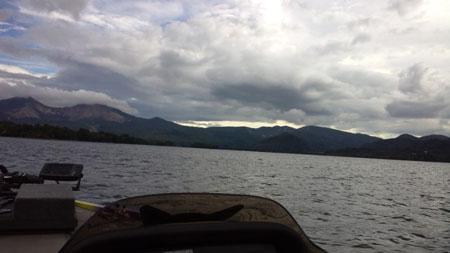 桧原湖の様子