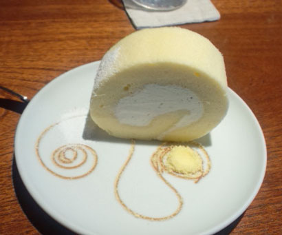 ロールケーキ!